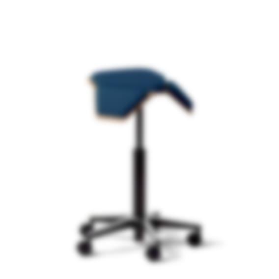 ILOA Saddle Chair